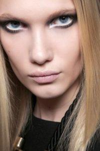 tendencias - eyeliner blanco y negro 200x300